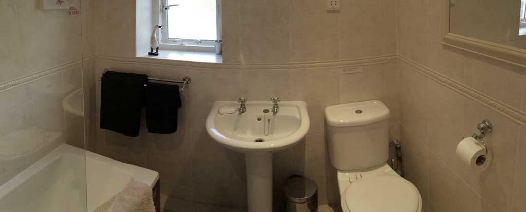 Accommodation blea crag for Bathroom 3 piece suite
